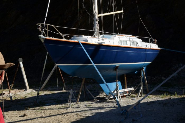 Scarab – Sabre 27 in the yard on hard standing